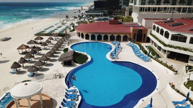 Resort vacío en Cancún, México.