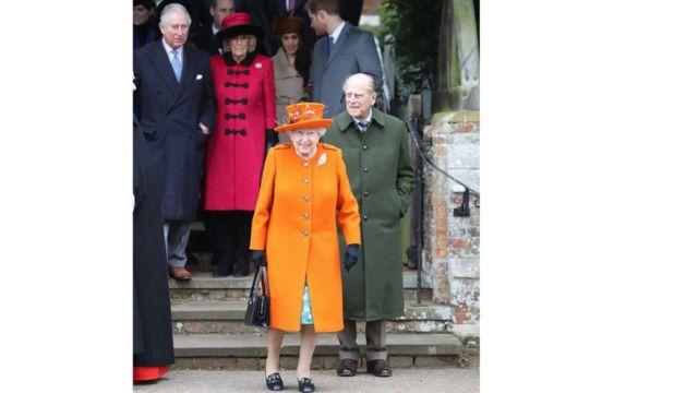 Королівська родина під час відвідин церкви святої Марії на Різдво