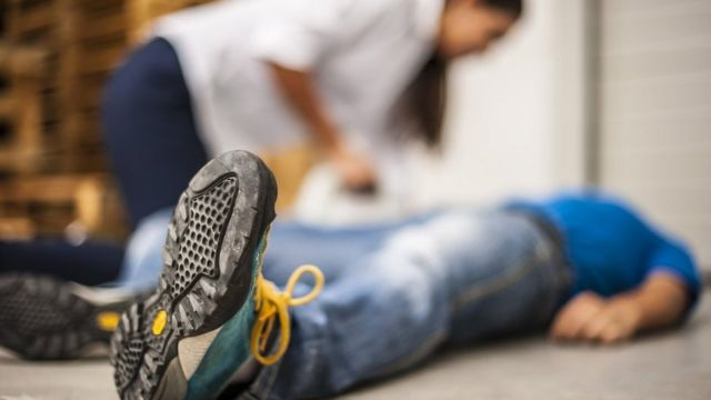 Primary pupils 'should learn first aid'