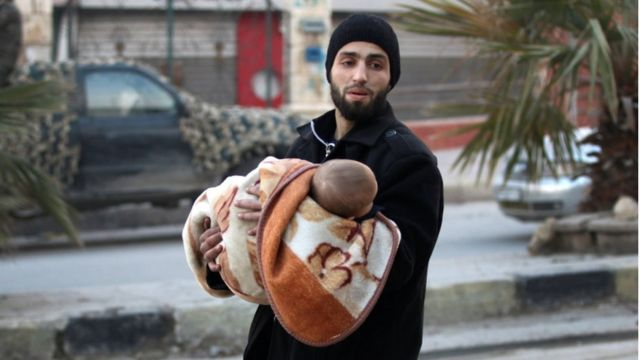 بينما يقول الجيش الحكومي السوري إنه يسيطر بصورة شبه كاملة على المدينة، تقول المعارضة المسلحة إن النظام يسيطر على نحو 80 بالمئة من المدينة