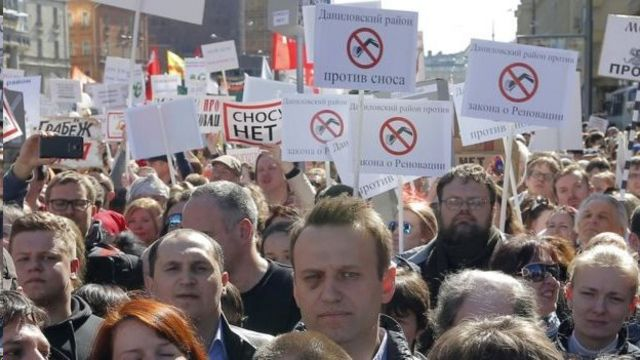 Навальный мырза май айында, Москва шаарында оорун алган нааразылык акцияда