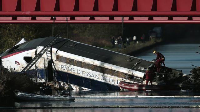 France TGV crash: Children on board derailed train
