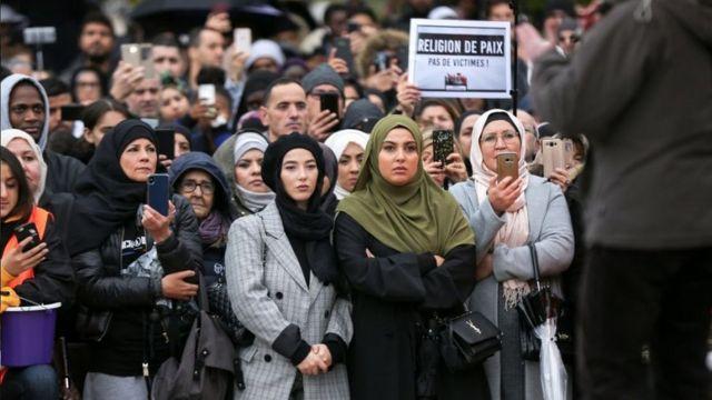 La communauté musulmane manifestant contre l'islamophobie en France - Paris, 27 Oct 20