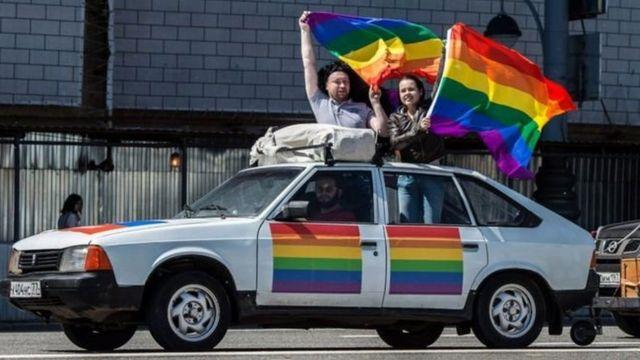 Акції на підтримку ЛГБТ у Росії є нечисленними, а в Чечні вони не проходять зовсім