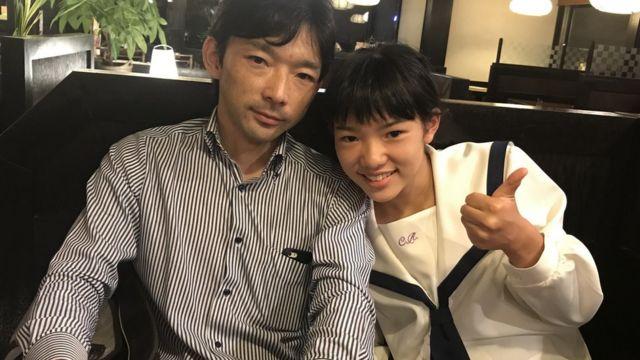 Paulo Hirano com a filha, Lisa