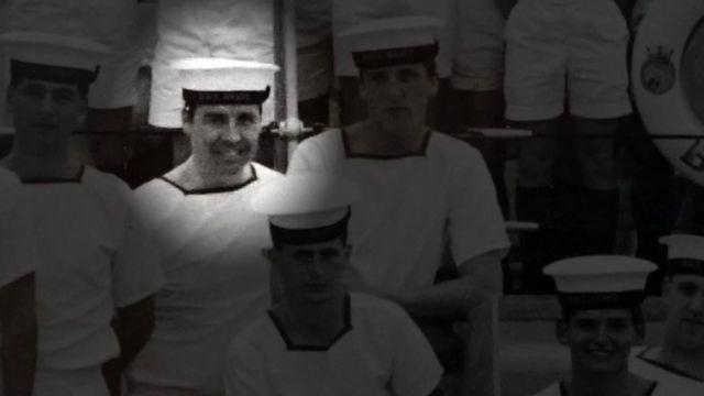 Джо Усалис во время службы в Королевских ВМФ