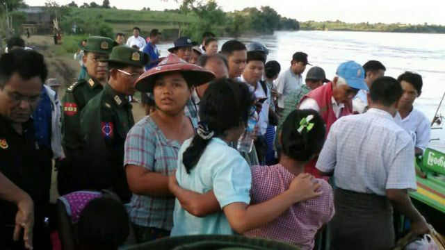 Ferry capsized in Chindwin River
