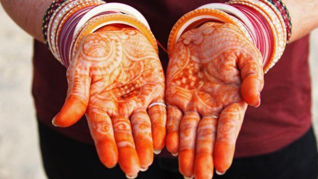 যৌতুকের কারণে ভারতে বহু নারীর বিয়ে ভেঙে যায়।