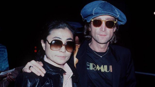 John Lennon e Yoko Ono não muito antes da morte dele