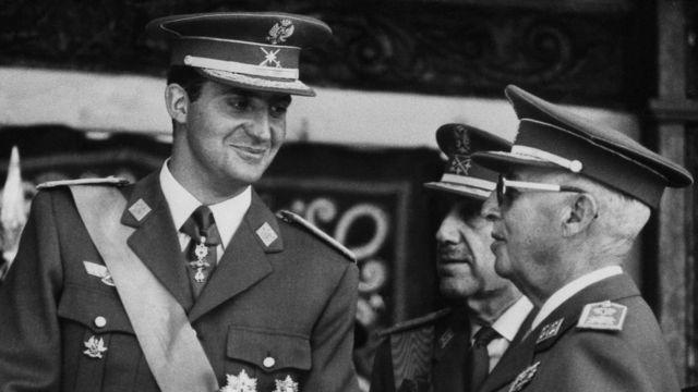 Príncipe Juan Carlos de Borbón y Francisco Franco