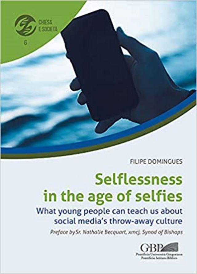 Capa do livro lançado por Domingues