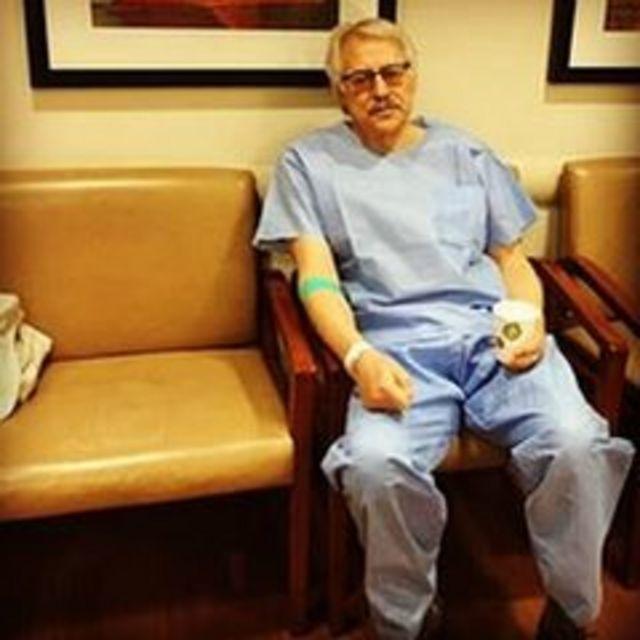 جواد طباطبایی در نوبت بیمارستان