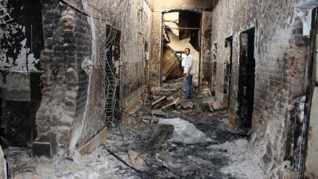 米戦闘機はMSF運営の病院に対して25分間で211回砲撃した