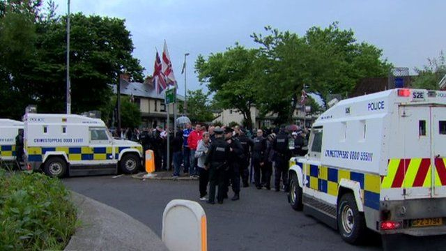 stand-off between loyalists and republicans in the Ardoyne area of north Belfast