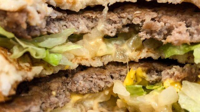 Bagaimana Mcdonald S Dan Burger King Dapat Untung Dari Makanan Belasan Ribu Rupiah Bbc News Indonesia