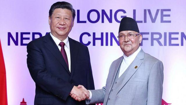 中国领导人习近平10月中访问尼泊尔与尼泊尔总理夏尔马·奥利会谈。