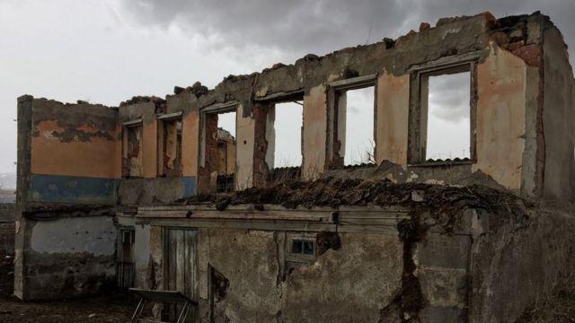 Azərbaycanlılar Dzünaşoxdakı evlərini tərk edirlər