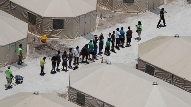 Centro de detención en Tornillo, Texas.