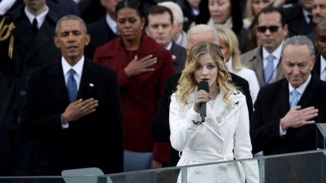 16 yaşındaki şarkıcı Jackie Evancho, Trump'ın yemin töreninde milli marşı söylemişti.