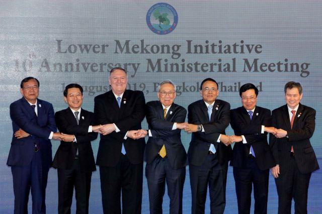 Ngoại trưởng Hoa Kỳ Mike Pompeo cùng các vị đồng cấp đến từ các nước ven sông Mekong.