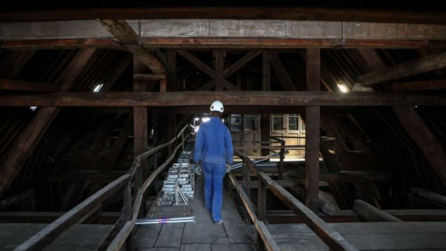 """La madera de las vigas de """"el bosque"""" puede tener más de 1.000 años de antigüedad."""