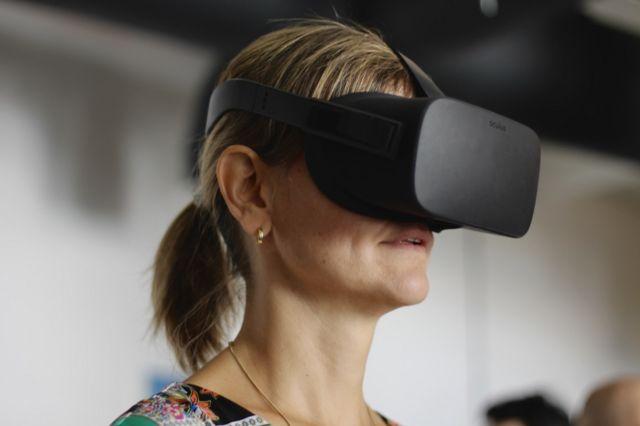 VR uređaj