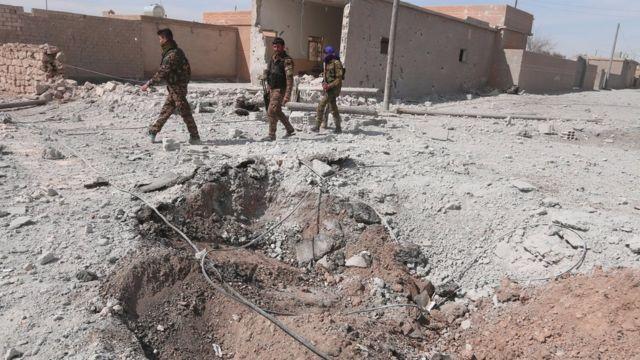 قوات سوريا الديمقراطية أصبحت على بعد نحو أربعين كيلومتر من مدينة الرقة، التي تسعى إلى حصارها، واستعادة السيطرة عليها بدعم من التحالف الدولي