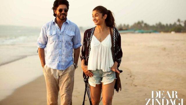 फ़िल्म डियर ज़िंदगी में आलिया भट्ट के साथ शाहरुख़ खान