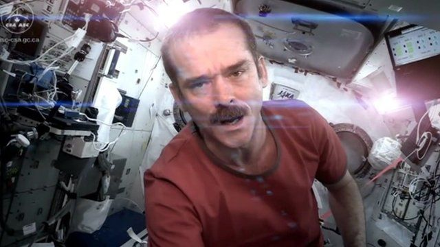 Chris Hadfield singing Space Oddity on the ISS