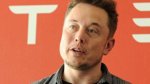 Elon Musk bids to build Chicago travel pods
