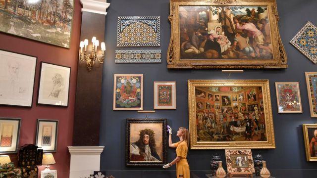В ходе ремонта из дворца придется вывезти тысячи предметов Королевской коллекции