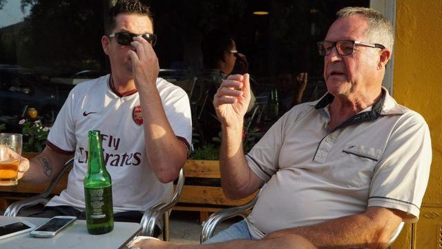 Keith Easy y su hijo