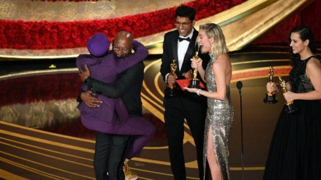 Spike Lee jump on Samuel L. Jackson