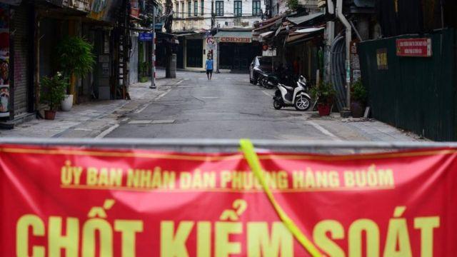 Kiểm soát chặt là một phương châm chống dịch của Việt Nam