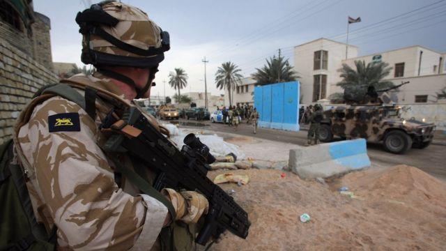 جندي بريطاني في العراق