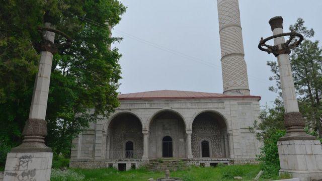 мечеть Гёвхар Ага в Шуше