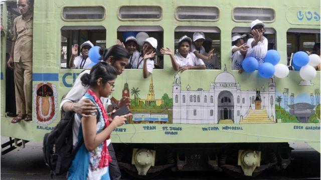 পর্যটন দিবসে কলকাতার এক শোভাযাত্রা
