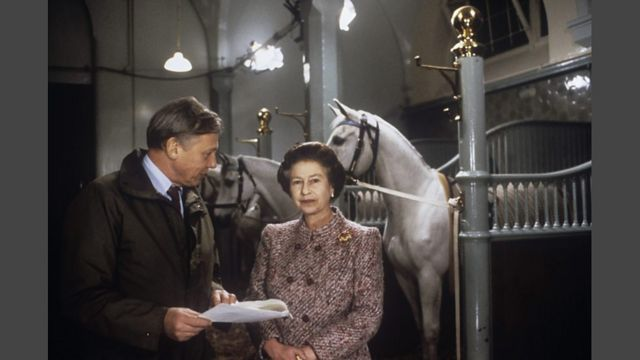 1986年,艾登堡准备女王伊丽莎白二世的圣诞电视讲话。