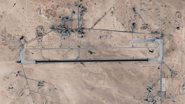 Спутниковый снимок, на котором видна авиабаза Т-4 (2018)