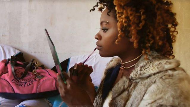 உடலுக்காக இந்தியாவிற்கு இறக்குமதி செய்யப்படும் ஆப்பிரிக்க பெண்கள்