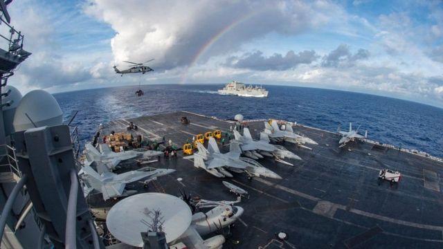 去年2月,美國核動力航空母艦卡爾文森號戰鬥群在南中國海開展「例行巡邏」。