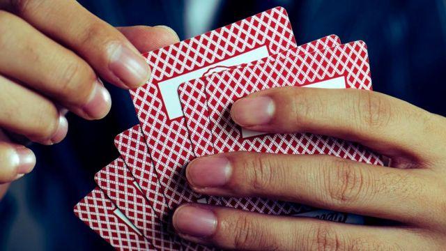 В депрессии люди не хотят рисковать. Их хуже удаются игры, обещающие в конце вознаграждение
