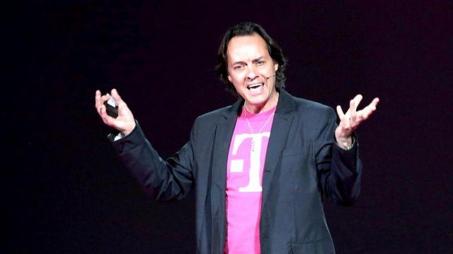 Генеральный директор компании T-Mobile Джон Лежер известен своим нестандартно ярким языком