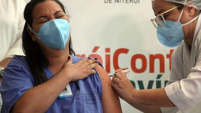 Vacina contra a covid: quem está recebendo as doses disponíveis de  Coronavac em cada Estado brasileiro - BBC News Brasil
