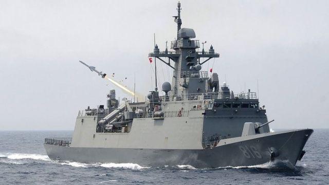 दक्षिण कोरिया का जंगी जहाज़