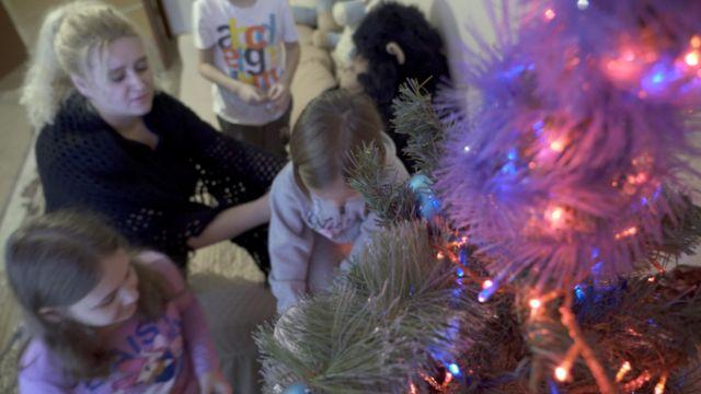 Юлия Шарафиева с детьми