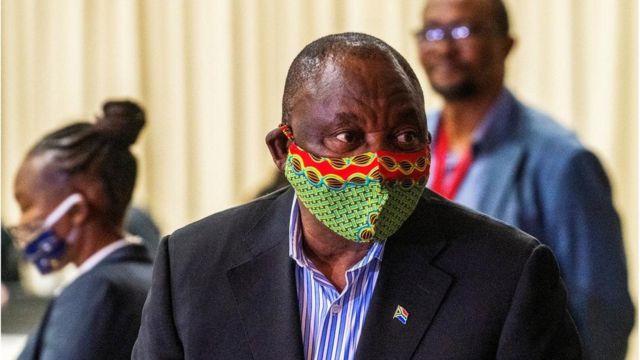 """Cyril Ramaphosa: """"La pandémie du coronavirus va s'aggraver en Afrique du Sud"""" - BBC News Afrique"""