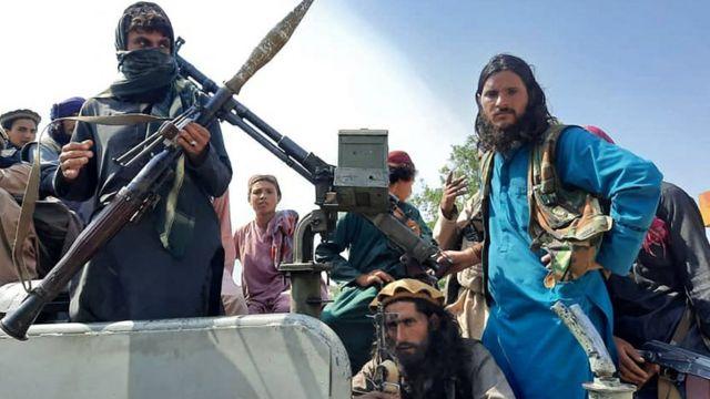 Militantes do Talebã no dia 15 de agosto