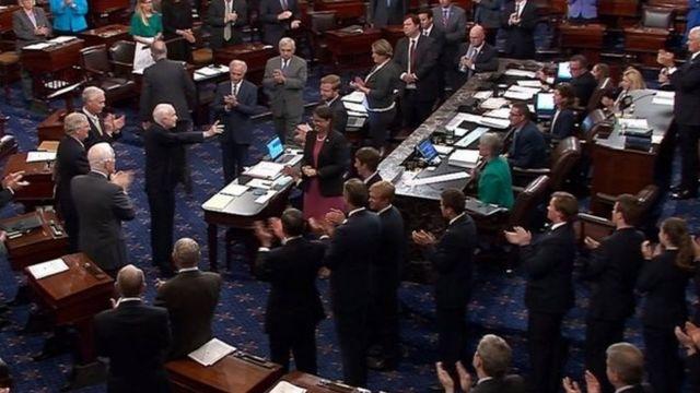 オバマケア改廃法案審議入りへ 米上院、僅差で賛成多数 - BBCニュース