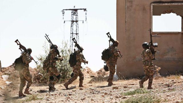 قوات المعارضة في إدلب تستعد لصد هجوم محتمل من قوات الحكومة السورية